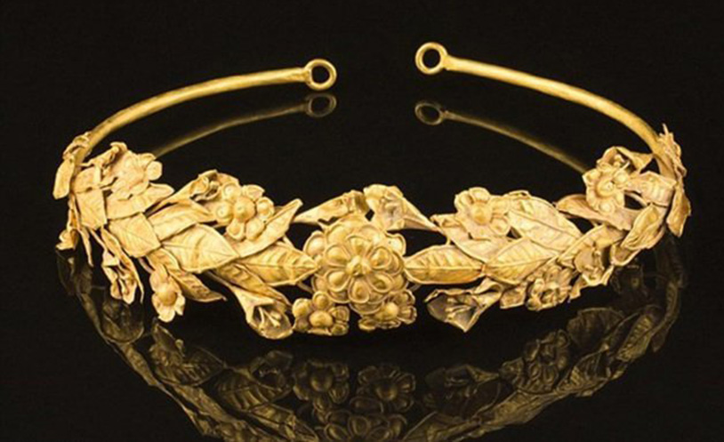 Золотая корона Афродиты